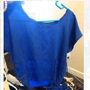 Tops - Blue short sleeve top
